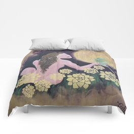 Shared Beauty Under the Golden Moon Comforters