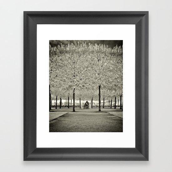 Je Suis le Voyeur Framed Art Print