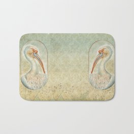PELICAN IN CAPSULE Bath Mat