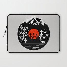 Vinyl Nature SE - Geometric bear, animal print, forest shirt, woods, mountains, vinyl mash up, retro Laptop Sleeve