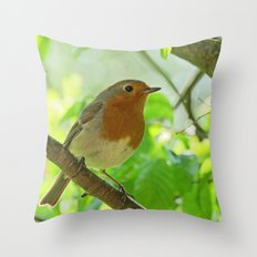Robin in the bushes Throw Pillow