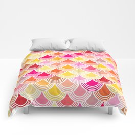 Bohemian Fish-scale Pattern - Hues of Warm Gold and Pink Comforters