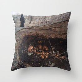 goth graveyard skulls Throw Pillow