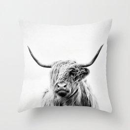 portrait of a highland cow - (vertical) Throw Pillow