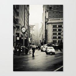 New York City - 5th Avenue in the Rain Canvas Print