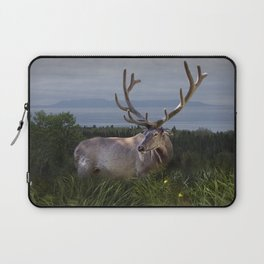Elk or Wapiti Photographic Nature Portrait Laptop Sleeve