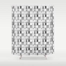 Gray-Cuadricula Shower Curtain