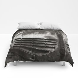 Old Chevrolet BW Comforters