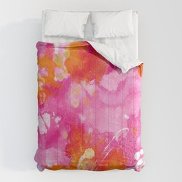 Magenta Daydreams Comforters