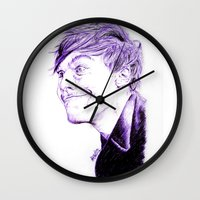louis tomlinson Wall Clocks featuring Louis Tomlinson by Drawpassionn