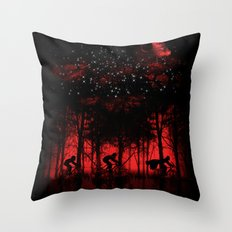 Tour de l'espace Throw Pillow