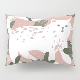 v wild kitty Pillow Sham