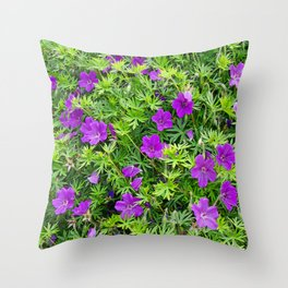 "TRUE SPECIE HARDY GERANIUM ""TINY MONSTER"" Throw Pillow"