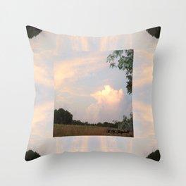Heartland VI Throw Pillow