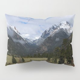 A Beautiful View Pillow Sham
