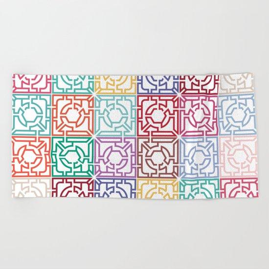 Maze Colorful Seamless Pattern Beach Towel