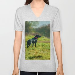 watching out for rabbit´s Unisex V-Neck