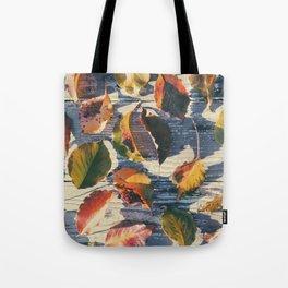 Leaf Grid Tote Bag