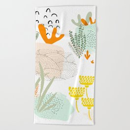 Meadow muse - warm Beach Towel