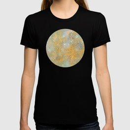 gold arabesque vintage geometric pattern T-shirt