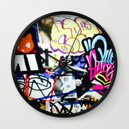grafiti v.5 Wall Clock