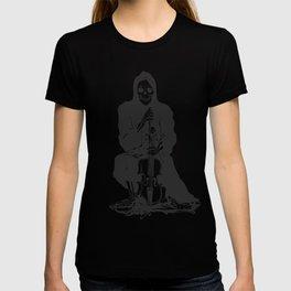 Violinist skull - grim reaper - cartoon skeleton - halloween illustration T-shirt