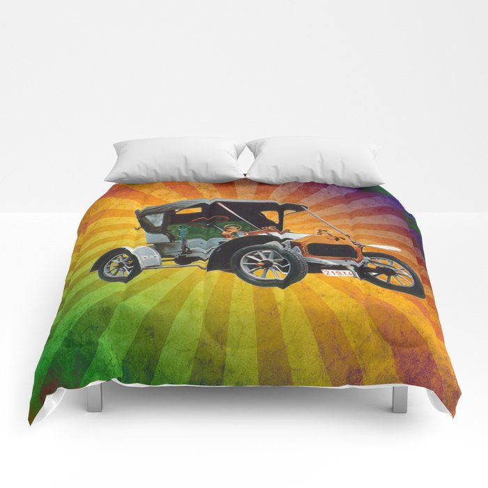 Vintage Car 05 Comforters