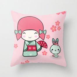 Kokeshi doll - Keiko e Usagi Throw Pillow