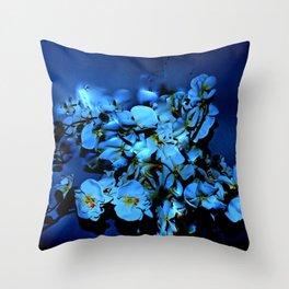 JAZZY BLUES Throw Pillow