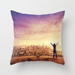 feel freedom Throw Pillow