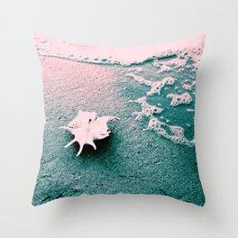 Shell on the beach 02 Throw Pillow