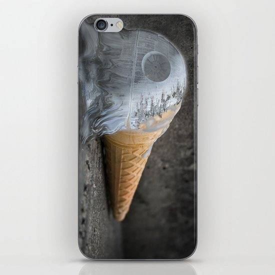 I dropped my death star :/ iPhone & iPod Skin