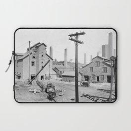 Lake Linden, Michigan 1900 Laptop Sleeve