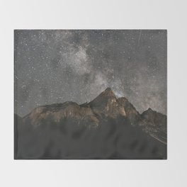 Milky Way Over Mountains - Landscape Photography Throw Blanket