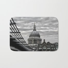 St.Paul's Cathedral in monochrome Bath Mat