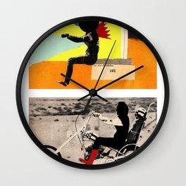 Run to me Wall Clock