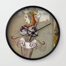Reine des Coeurs Retraite Wall Clock