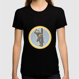 Power Lineman Telephone Repairman Looking Saluting Retro T-shirt