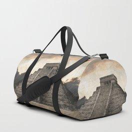 Mayan pyramid - Mexico Duffle Bag