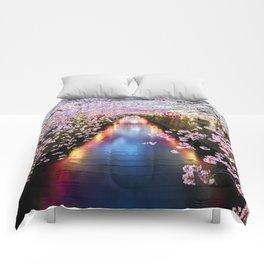 Cherry Blossom in pink   Japan Nakameguro River Comforters