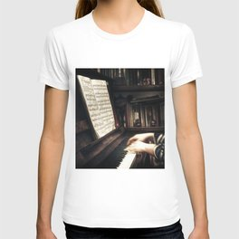 Music. The piano lesson. T-shirt