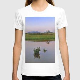 Serenity sunset at the lagoon. Spring dreams T-shirt