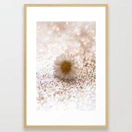 GLITTER & DAISY GOLD Framed Art Print