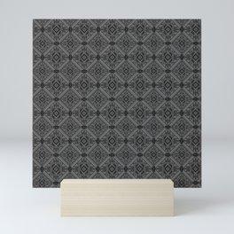 NEGRO SOBRE BLANCO Mini Art Print