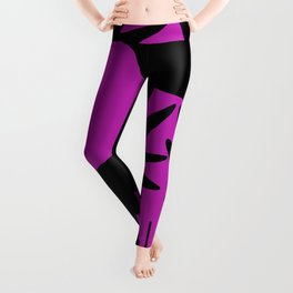 Black birds flying in a purple sky Leggings