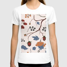 seamless pattern with forest berries T-shirt