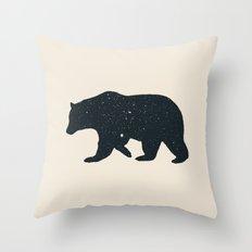 Bär Throw Pillow
