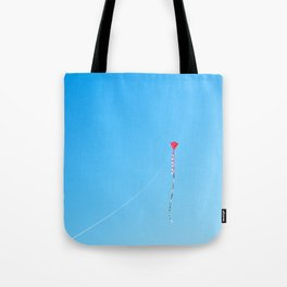 Red Kite In Blue Sky Tote Bag