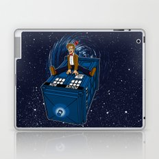 How I learned to love the Tardis. Laptop & iPad Skin