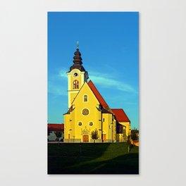 The village church of Sankt Marienkirchen | architectural photography Canvas Print